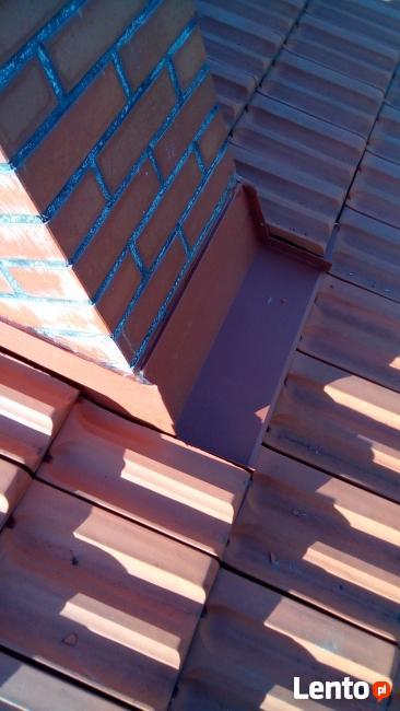 Okucia dachowe, okucia kominów, montaż okien dachowych.