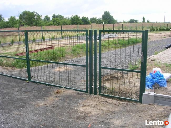 Kompletne ogrodzenia z paneli zgrzewanych, montaż, transport
