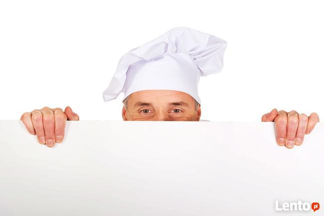Kucharz praca z zakwaterowaniem i wyżywieniem