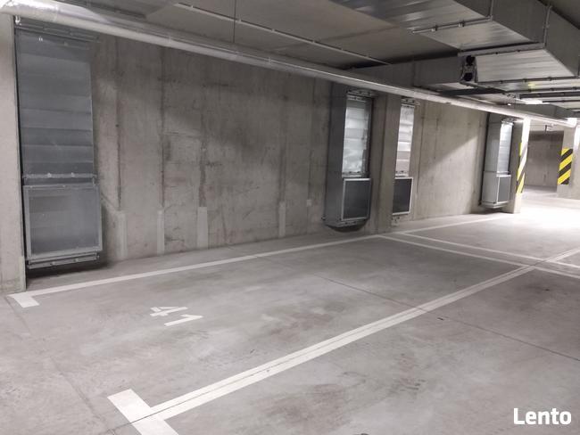 wynajmę miejsce postojowe w garażu podziemnym Legnicka