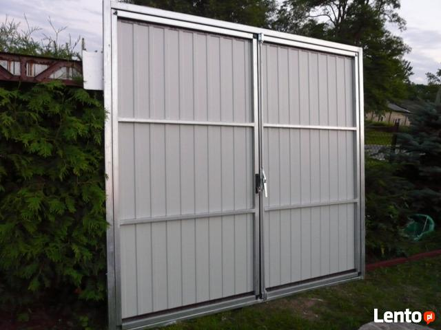 Brama Garażowa Bramy Garażowe do wnęk betonowych i