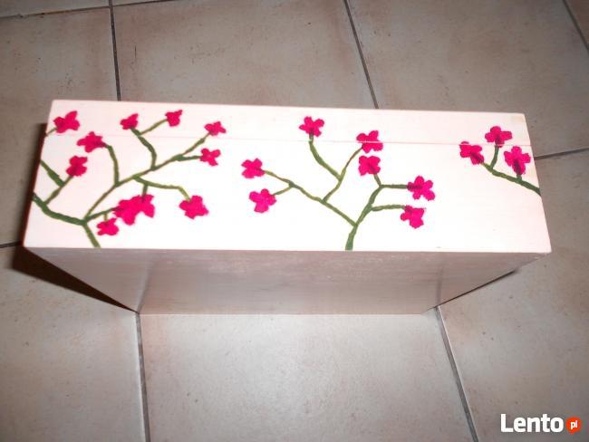 Drewniane pudełko ręcznie malowane- Warszawa Ochota