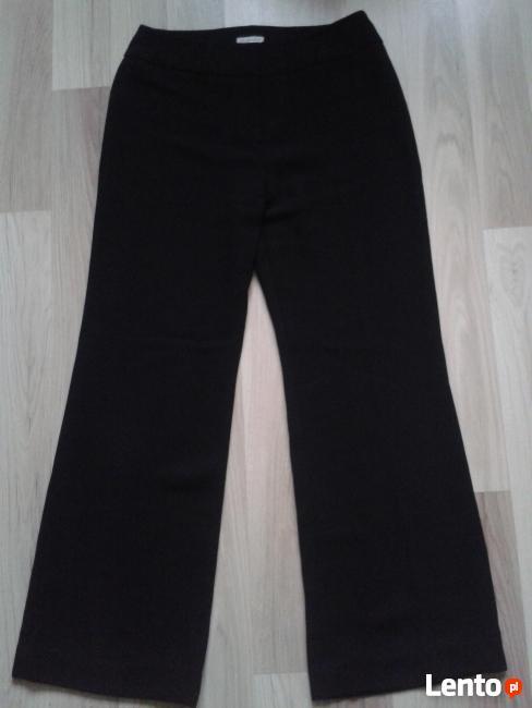 Spodnie damskie z materiału NOWE