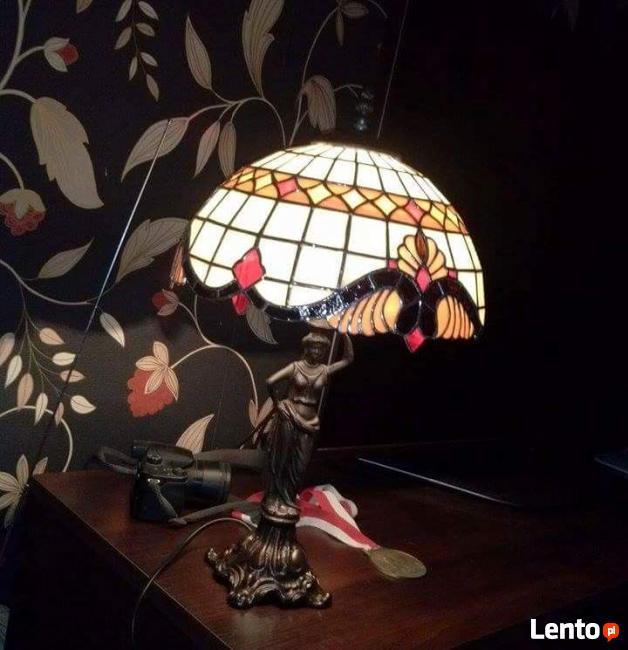Lampy witrażowe TIFFANY.