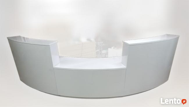 Skośna lada R27 podświetlana segmentowa recepcja