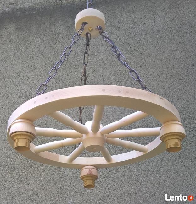 Lampa Z Koła Drewnianego Rustrykalna Do Altany Domu Karczmy