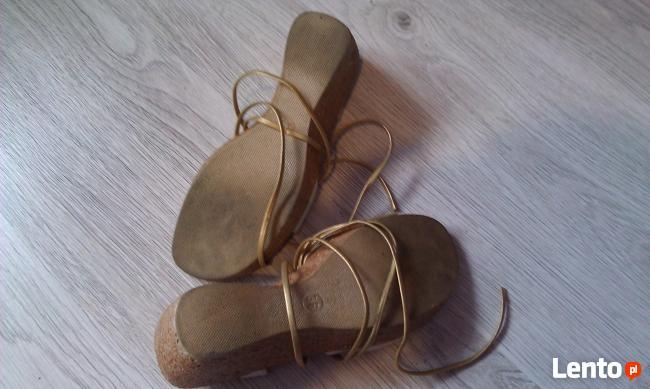 Sandały z rzemykiem Inblu 36 rozmiar