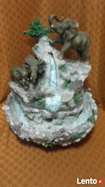 Fontanna alabaster sprawna w 100 procentach - wyprzedaz