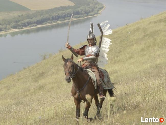 Ukraina. Stajnia koni, koszary, stragi, gospodarstwo rolne