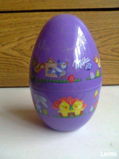 Plastykowe jajko