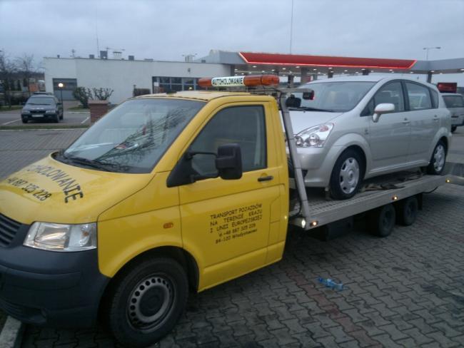 Laweta Pomoc Drogowa Transport aut z zagranicy AUTOHOLOWANIE