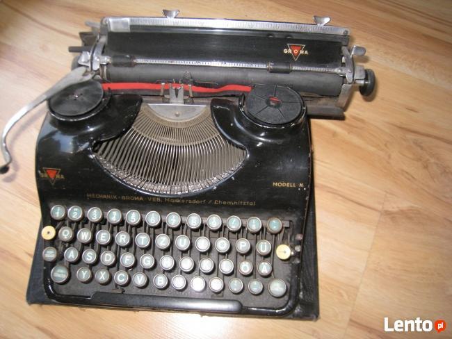 Maszyna do pisania.