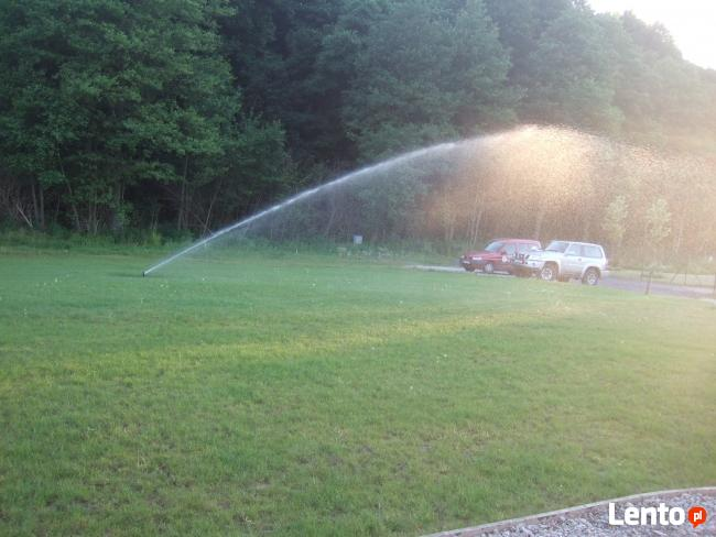 Systemy automatycznego nawadniania ogrodu.