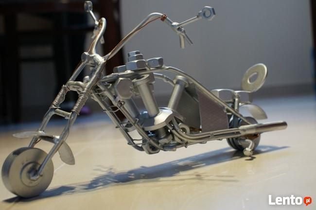 motocykl chopper metaloplastyka