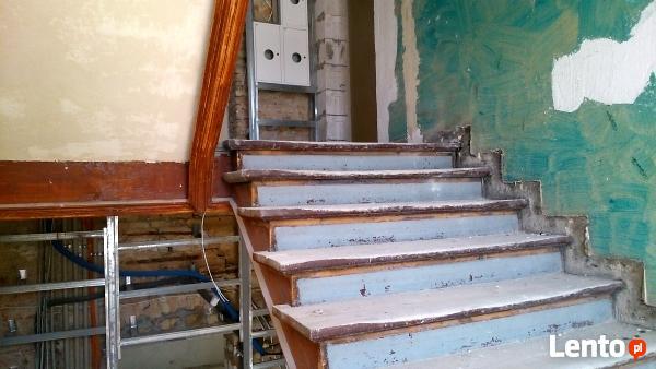 Remont klatek schodowych w starych kamienicach