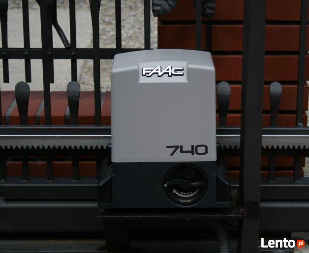 Napęd do bramy przesuwnej FAAC 740 waga bramy 500 kg Montaż