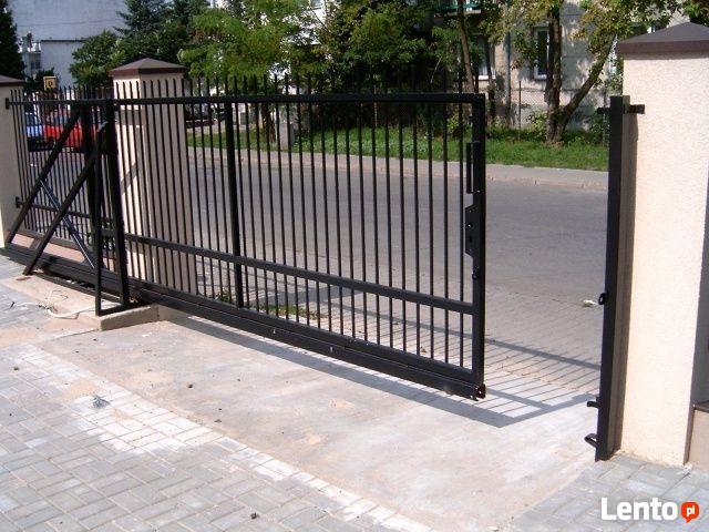 Brama wjazdowa przesuwna samonośna profil 50x30x3 długość