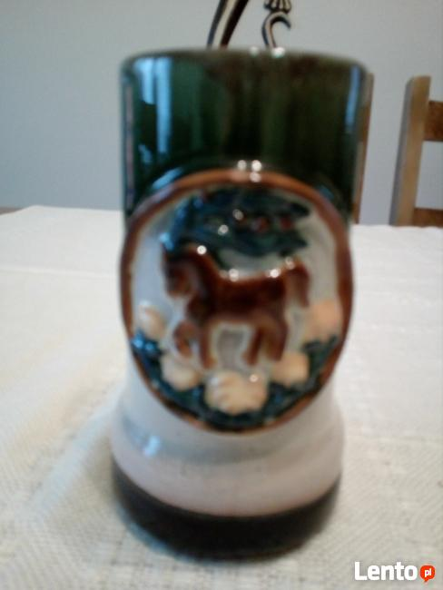 porcelana z fajansu różne rodzaje
