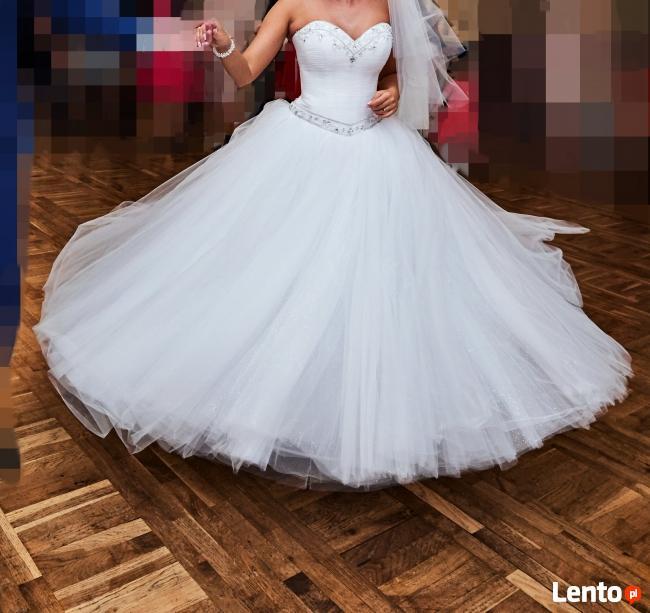 Do sprzedania suknia ślubna.
