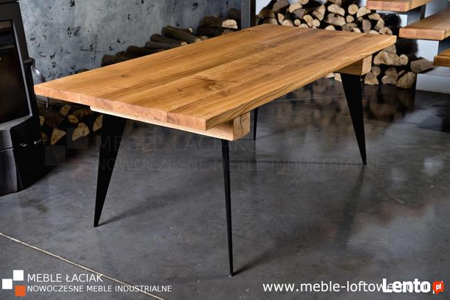 Stół dębowy, fazowany. Nogi z płaskownika. Nr kat. 444.
