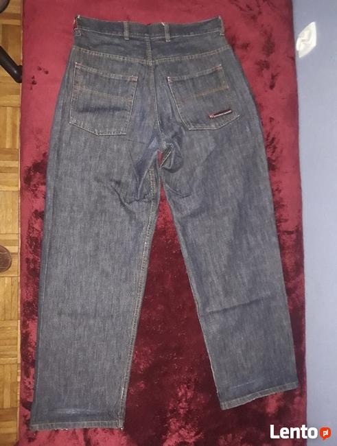 Malita - długie czarne spodnie rozmiar L