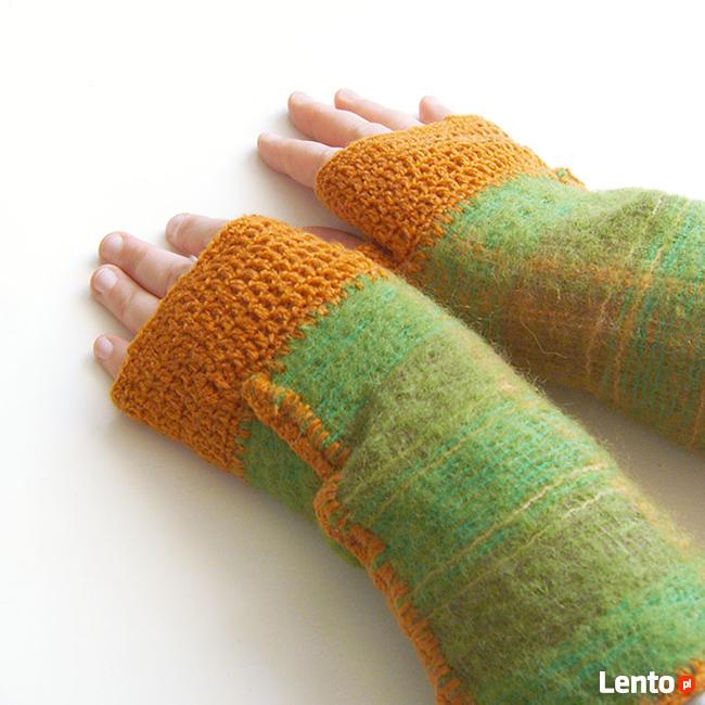 zielono-rude mitenki, ocieplacze na ręce