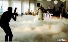 prezenter muzyczny,dekoracja światłem taniec w chmurach