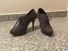 Buty zamszowe na obcasie - 3