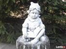 Figurka dziewczynki z książką Bytom