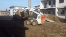 Usługi mini ładowarka BobCat niwelacja terenu kucie posadzek