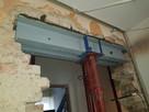Podciągi nadproża belki montaż okien drzwi remont domu