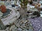 Skały ogrodowe - kamień skalniakowy