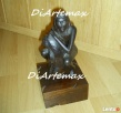 rzeźba w drewnie Zamyślona Indianka rzeźba figuralna Poznań