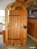 Renowacja drzwi-bram wejściowych oraz schodów. - 5