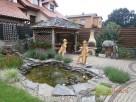 Dom z oczkiem wodnym w zielonej cichej okolicy - 3