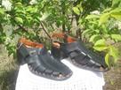 Sprzedam sandały damskie czarne