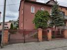 Dom + dwa mieszkania + piętrowy budynek działka - 1