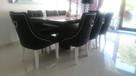 Eleganckie nowoczesne krzesło z kołatką tapicerowane modne - 3