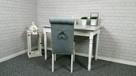Krzesło tapicerowane z kołatką pinezkami pikowane nowe