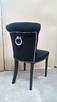 Krzesło z kołatką pinezkami pikowane tapicerowane