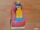 Samochód strażacki na baterie oraz strażak - 5
