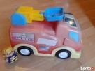 Samochód strażacki na baterie oraz strażak - 2