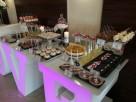 Największy na rynku podświetlany napis LOVE jako stół słodko - 6
