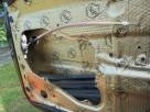 Wygłuszanie drzwi samochodowych matą bitumiczną - 4