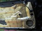 Wygłuszanie drzwi samochodowych matą bitumiczną - 3