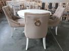 Krzesło tapicerowane białe pikowane z kołatką i z pinezkami - 6