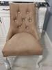 Krzesło glamour pikowane z  kołatką pinezkami z kryształkami - 4