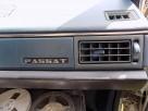 Mały znaczek , emblemat na deskę rozdzielczą - VW PASSAT B2