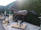 Koń Mustang z brązu
