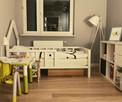 Drewniane łóżko dla dziecka z małym domkiem / Łóżko domek